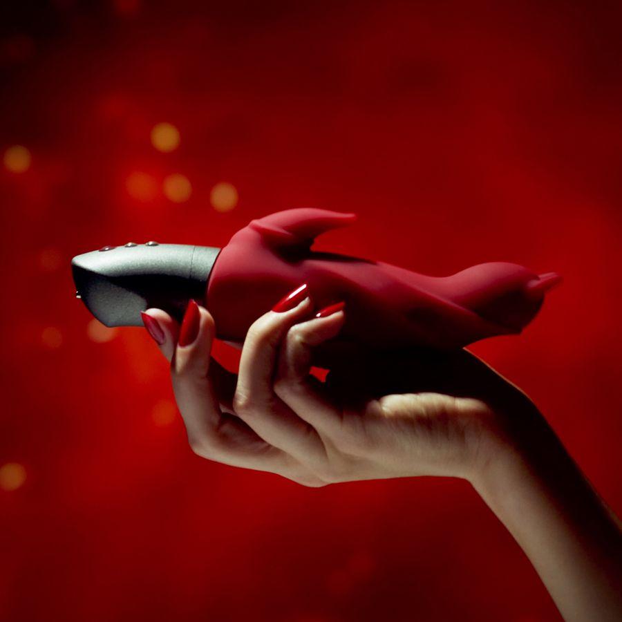 Вибратор Darling Devil с отростком для клитора (красный). Вид 3.