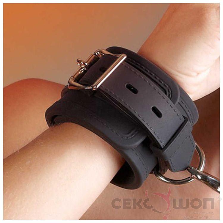 Силиконовые наручники Shackles Silicone. Вид 2.