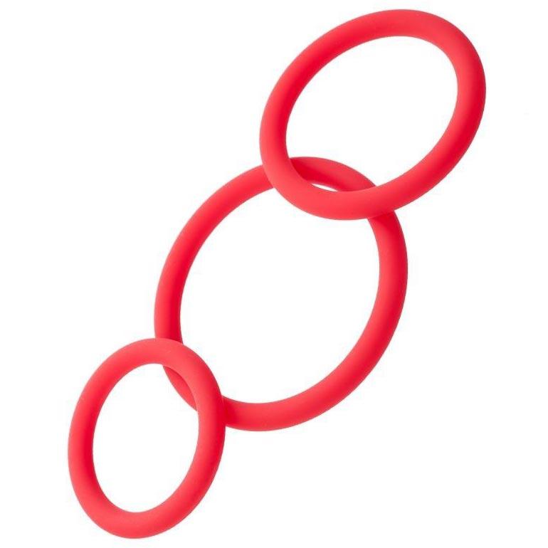 Набор из красных эрекционных колец различного диаметра. Вид 1.